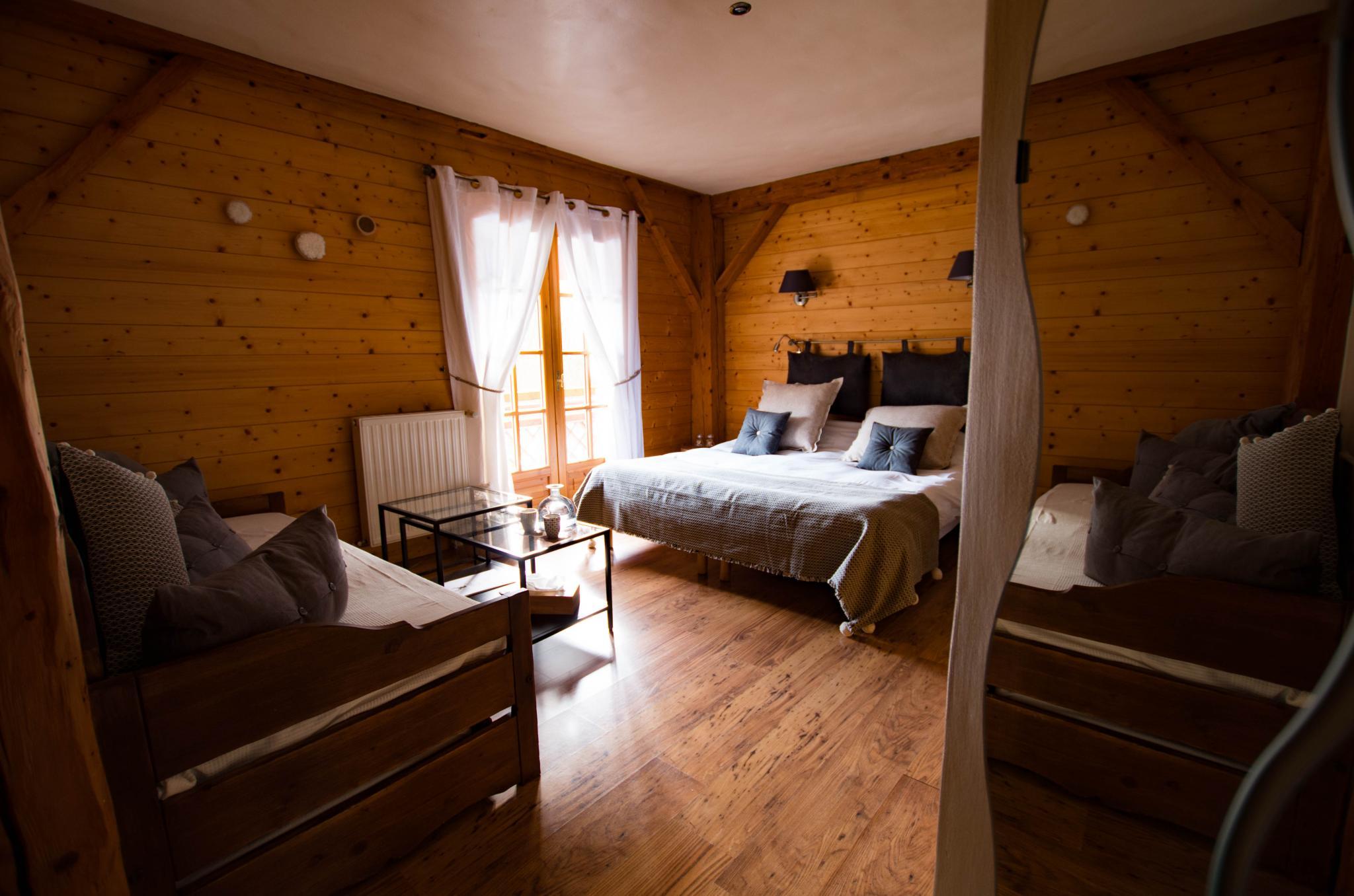 Hotel la ferme de Cupelin à Saint-Gervais-Les-Bains : chambre premium 2